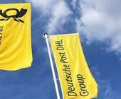 Flagen mit Logo der Deutschen Post