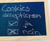 Schild mit Aufschrift Cookies akzeptieren - ja odet nein?